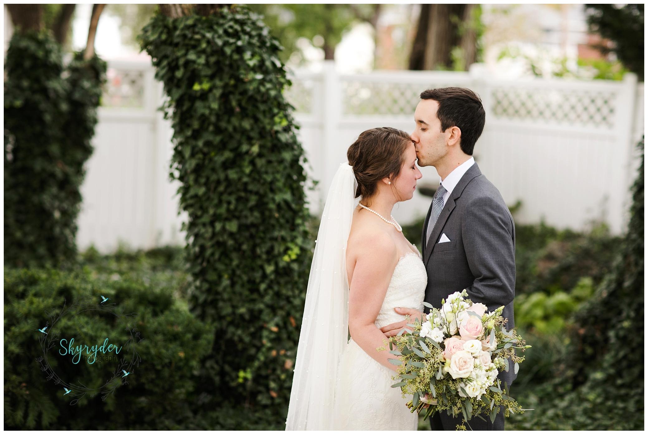 jennifer + eric | the maridor | roanoke wedding photographer