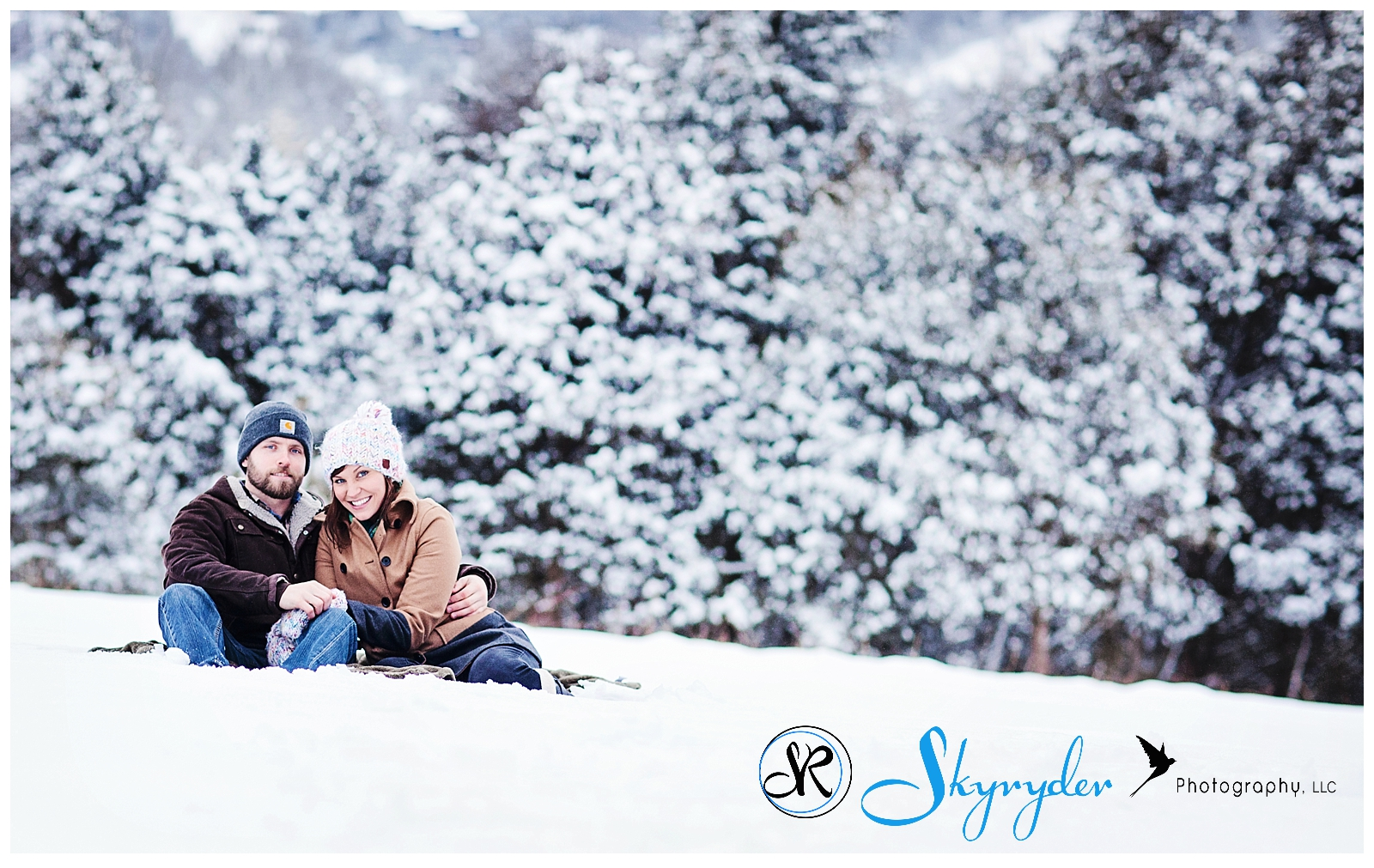 snow winter skyryder photography blacksburg roanoke engagement photographer wedding