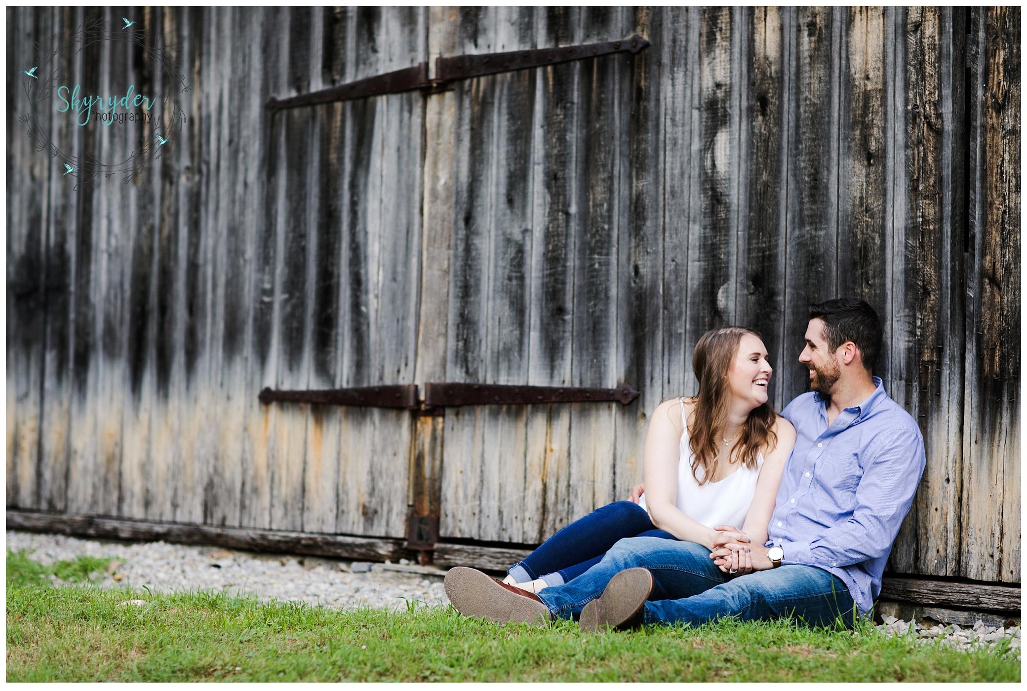 Ashley + Tate | Roanoke Engagement Photographer | Explore Park
