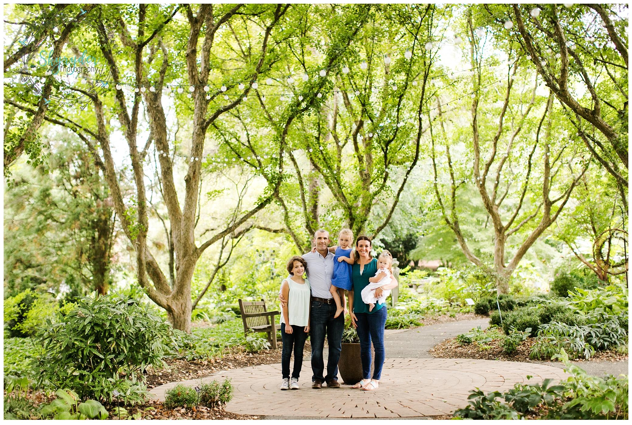 White Family | Blacksburg Family Photographer | Hahn Horticulture Garden | Virginia Tech